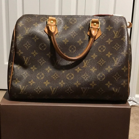 ed52bb97375c Louis Vuitton Handbags - Louis Vuitton Speedy 30 Monogram Handbag M41526